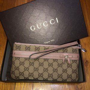 Gucci - bow and interlocking G wristlet wall